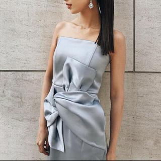 ラグナムーン(LagunaMoon)のラグナムーン ベアツイストラップドレス(ミディアムドレス)