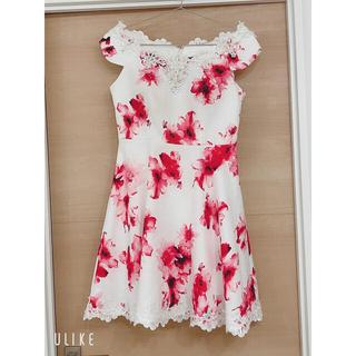デイジーストア(dazzy store)の【新品未使用】花柄 オフショル Aライン キャバドレス(ナイトドレス)