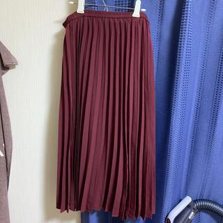 ジーユー(GU)のプリーツロングスカート プリーツスカート ボルドー(ロングスカート)