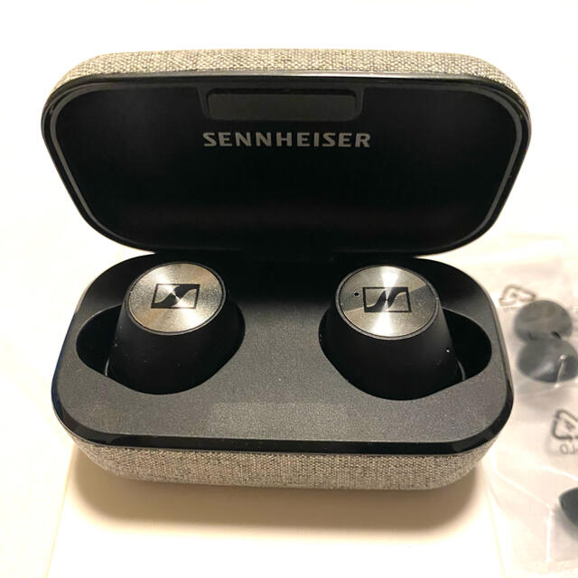 SENNHEISER(ゼンハイザー)のSENNHEISER MOMENTUM True Wireless スマホ/家電/カメラのオーディオ機器(ヘッドフォン/イヤフォン)の商品写真