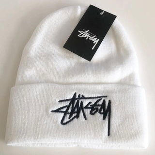 STUSSY - STUSSY ステューシー ロゴ刺繍入りニット帽