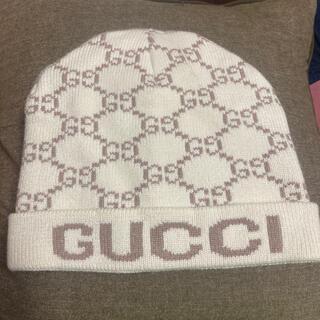 Gucci - グッチ白ニット帽