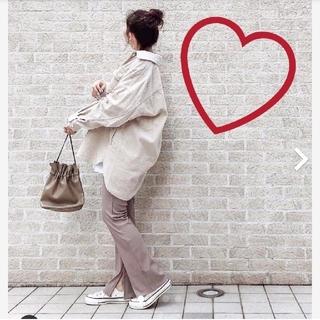 ジーユー(GU)の♡リブスリットストレートパンツ♡(カジュアルパンツ)