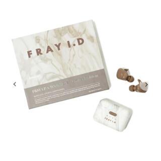フレイアイディー(FRAY I.D)の限定品!半額販売!FRAYI.D x TOoKA BASE オシャレ イヤフォン(ヘッドフォン/イヤフォン)
