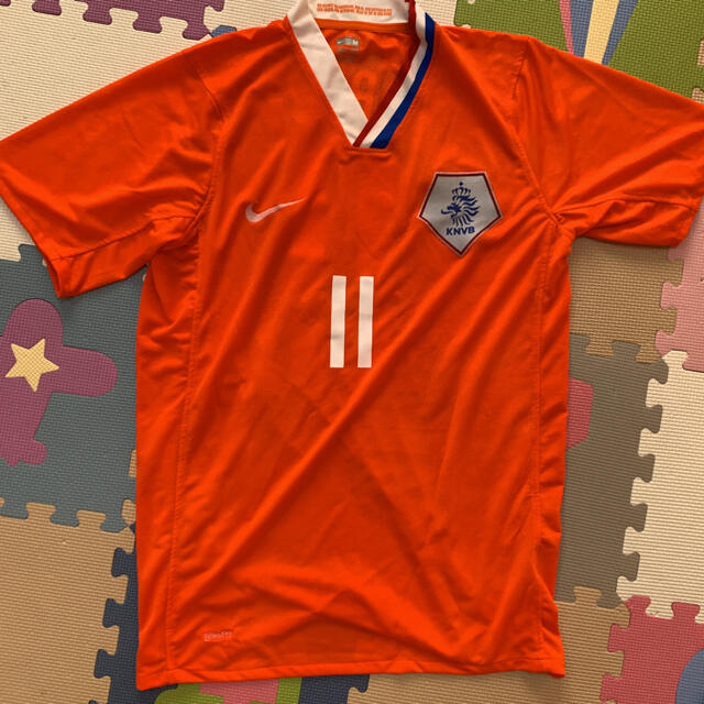 NIKE(ナイキ)のNIKE オランダ代表 ロッベン ユニフォーム M スポーツ/アウトドアのサッカー/フットサル(ウェア)の商品写真