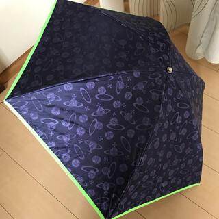 ヴィヴィアンウエストウッド(Vivienne Westwood)のヴィヴィアンウエストウッド 晴雨兼用 軽量 折り畳み傘/ネイビー オーブ 日傘(傘)