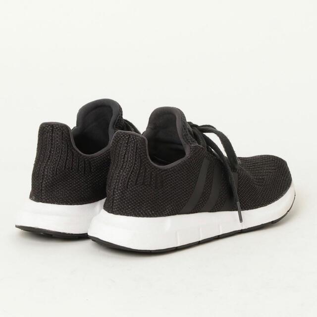 adidas(アディダス)のadidas  スウィフトラン スニーカー  23.5cm レディースの靴/シューズ(スニーカー)の商品写真