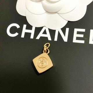 シャネル(CHANEL)の正規品 シャネル ペンダント ファンデーション ゴールド ココマーク ネックレス(ネックレス)
