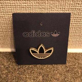 adidas - アディダス オリジナルス ピンバッジ