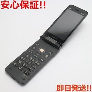 キョウセラ(京セラ)の美品 KYF39 GRATINA ブラック(墨) (携帯電話本体)