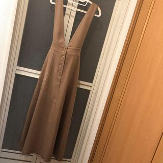 ZARA - ジャンパースカート。ジャンスカ