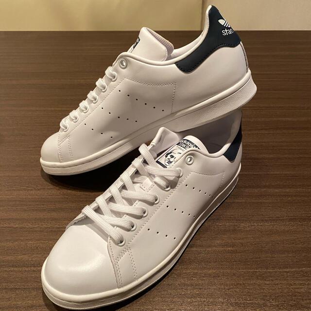 adidas(アディダス)のアディダス スタンスミス ネイビー 28㎝ メンズの靴/シューズ(スニーカー)の商品写真