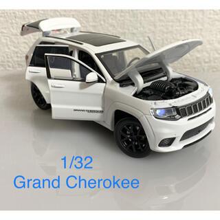 《新品》1:32  JEEP Grand Cherokee  ミニカー