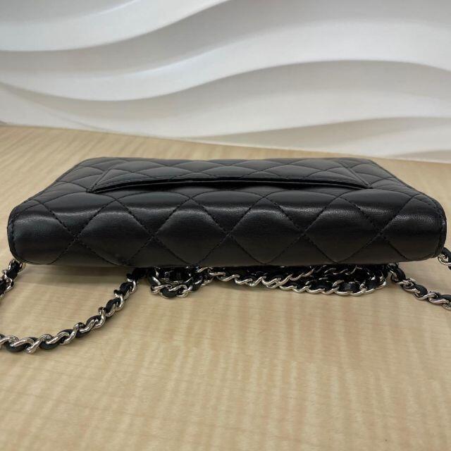 CHANEL(シャネル)のCHANEL シャネル ラムスキン マトラッセ チェーンウォレット レディースのバッグ(ショルダーバッグ)の商品写真