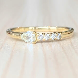 ✨可憐✨ペアシェイプ❣️ダイヤモンド!ダイヤ K18 18金 リング 指輪