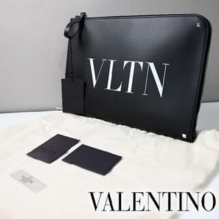 valentino garavani - 新品 Valentino Garavani VLTN クラッチバッグ