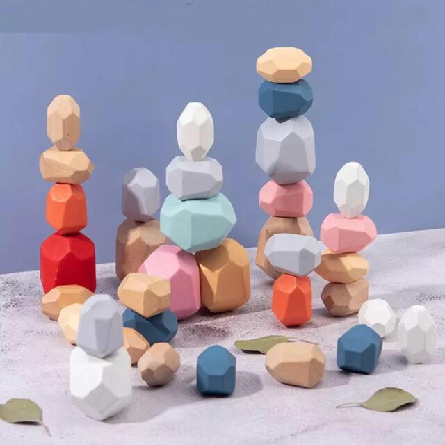 即購入OK☺︎スタッキングストーン モンテッソーリ 積み木積み石☺︎ キッズ/ベビー/マタニティのおもちゃ(知育玩具)の商品写真