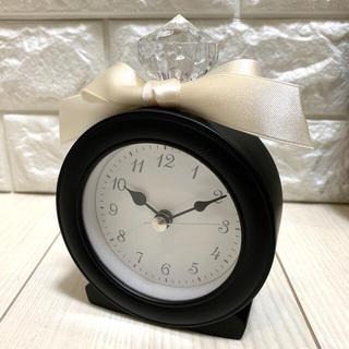 新品【ルナ型】大人気♡置時計ブラック香水瓶型リボン★誕生日プレゼント おしゃれ