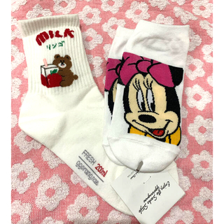 Disney - 靴下 二足セット 新品 ミニー くまちゃん