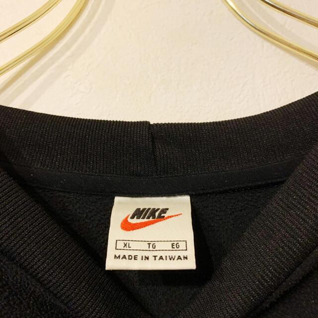 NIKE(ナイキ)のNIKE ナイキ 90s ロゴ刺繍 銀タグ 古着 オーバーサイズ シンプル メンズのトップス(スウェット)の商品写真