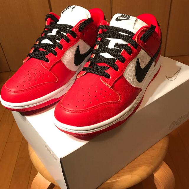 NIKE(ナイキ)のChicagoカラー 新品 国内正規 nike dunk low by you メンズの靴/シューズ(スニーカー)の商品写真