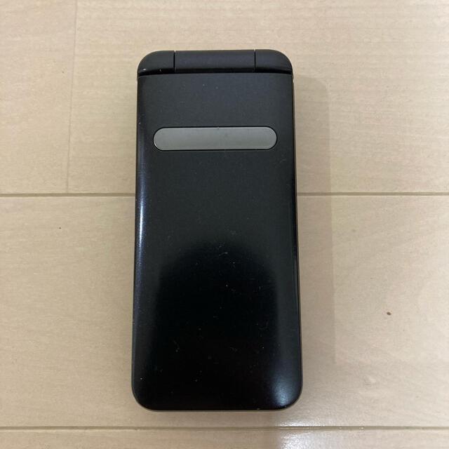 京セラ(キョウセラ)のauガラホ(KYF37) スマホ/家電/カメラのスマートフォン/携帯電話(携帯電話本体)の商品写真