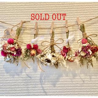 お花たっぷりドライフラワー スワッグ ガーランド❁110薔薇ローズ白ピンク花束(ドライフラワー)