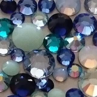スワロフスキー(SWAROVSKI)のスワロフスキー 正規品 カラーmix6袋(600粒) 期間限定!(デコパーツ)