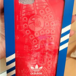 アディダス(adidas)の6s plus /6 plusカバー(iPhoneケース)