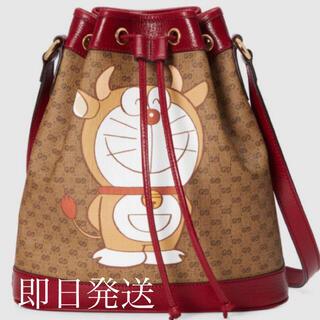 Gucci - DORAEMON x GUCCI スモール バケットバッグ