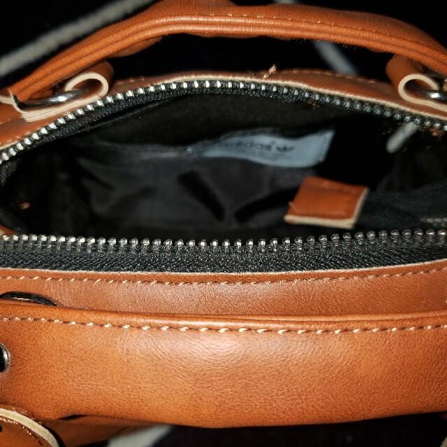 adidas(アディダス)の値下げ/新品未使用  アディダスオリジナルス/2WAYバッグ レディースのバッグ(ショルダーバッグ)の商品写真