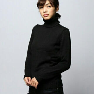TOMORROWLAND - ロベルトコリーナBlack turtle knit made in Italy