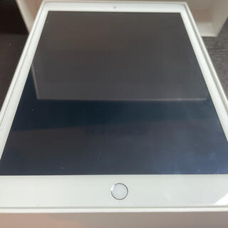 Apple - iPad 8世代 《極美品》