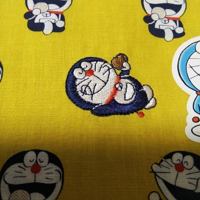 ドラえもんハンカチ エンタメ/ホビーのおもちゃ/ぬいぐるみ(キャラクターグッズ)の商品写真