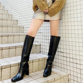 GYDA - SQUARE TOE ロングブーツ GYDA