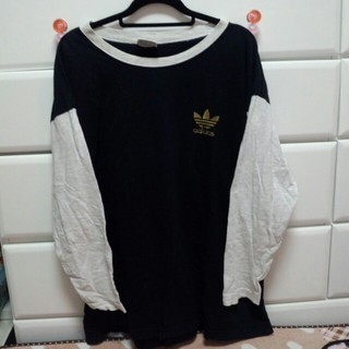 アディダス(adidas)のadidasロンTワンピ♡送込み(Tシャツ(長袖/七分))