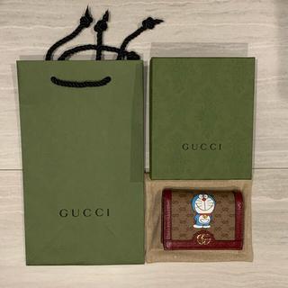 Gucci - DORAEMON x GUCCI カードケース(コイン&紙幣入れ付き) ミニ財布