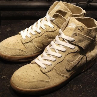 NIKE - DUNK HIGH 08 DECONSTRUCT PREMIUM