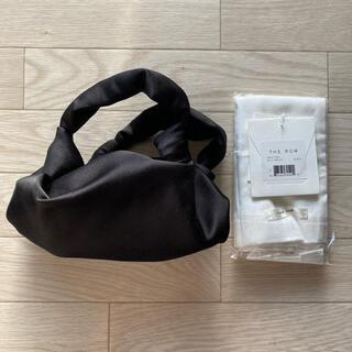 Drawer - 【1/28.限定価格】THE ROW  Ascot サテン バッグ