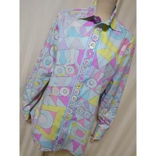 エミリオプッチ(EMILIO PUCCI)のミラノ着!イタリアmade「エミリオプッチ」プッチ総柄の素敵なシャツブラウスです(シャツ/ブラウス(長袖/七分))