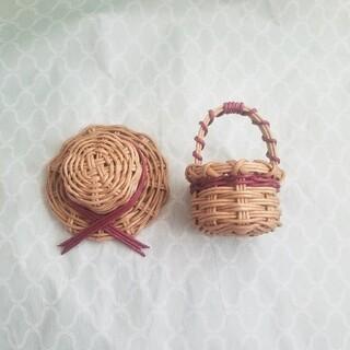 アッキー様用です。エンジ色★ミニチュアカゴや帽子 エコクラフト (インテリア雑貨)