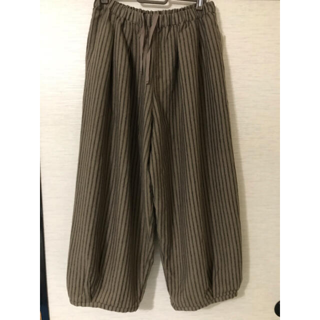 SM2(サマンサモスモス)のバルーン裾タックパンツ レディースのパンツ(カジュアルパンツ)の商品写真
