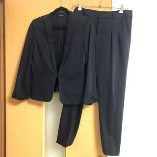 ノーカラー パンツスーツ フォーマル