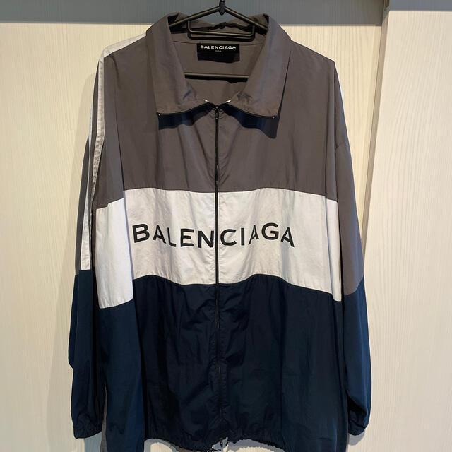 Balenciaga(バレンシアガ)のBALENCIAGA トラックジャケット サイズ39 メンズのジャケット/アウター(ナイロンジャケット)の商品写真