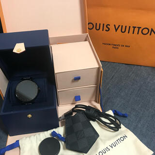 ルイヴィトン(LOUIS VUITTON)のVUITTON 時計(腕時計(デジタル))