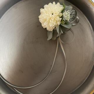 toytoy628 ミニコサージュ 単品 【ホワイト】卒業式 入学式 結婚式(コサージュ/ブローチ)