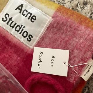 アクネ(ACNE)の⭐︎最終値下げ⭐︎ acne studios マフラー レッド チェック(マフラー)