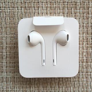 アイフォーン(iPhone)のApple  iPhone 純正イヤホン(ヘッドフォン/イヤフォン)