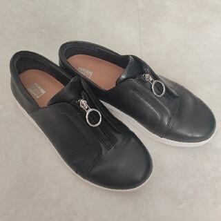 フィットフロップ(fitflop)のfitflop  24.5 黒 シルバー(ローファー/革靴)