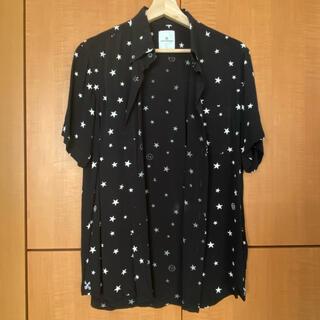 ユニフォームエクスペリメント(uniform experiment)のシャツ(シャツ)